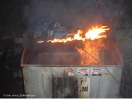 Požár kontejneru Slunečná
