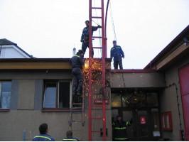 Demolice starého stožáru 6.10.2007