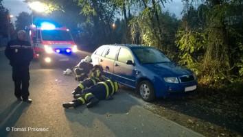 Únik benzinu po krádeži ulice Zdeňka Lhoty